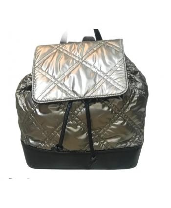 mochila acolchada negra
