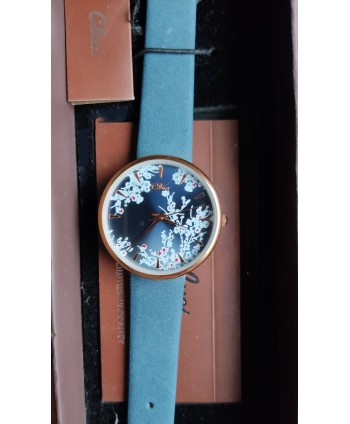 reloj de señora cluci azul marino con flores blancas