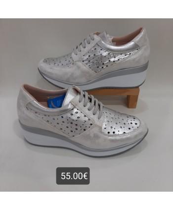 Sneakers piel picado